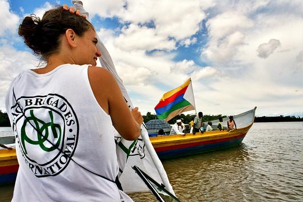 Hace 20 años, en mayo de 1993, cuatro miembros de Brigadas Internacionales de Paz viajaron a Colombia para estudiar si las experiencias reunidas por PBI en Guatemala, El Salvador, Sri Lanka y otros países podrían trasladarse a este escenario.
