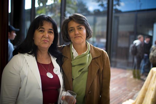 Peace Brigades International cumple 20 años de trabajo en Colombia. Celebramos nuestro aniversario en el Centro de Memoria Histórica en Bogotá. Aquí nuestra cocinera Marleny junto a Marcela, una de las fundadoras de PBI Colombia.